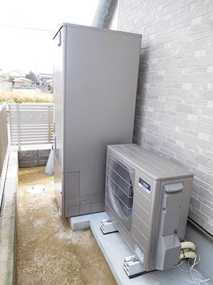 写真:三菱エコキュート(バスルーム向け)
