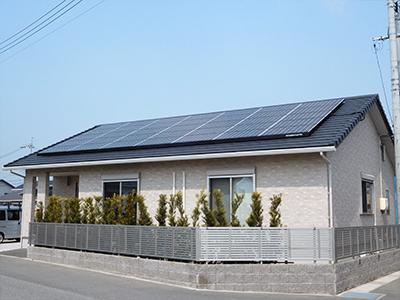 写真:住宅用太陽光発電設備
