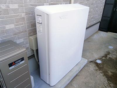 写真:小型蓄電池システム