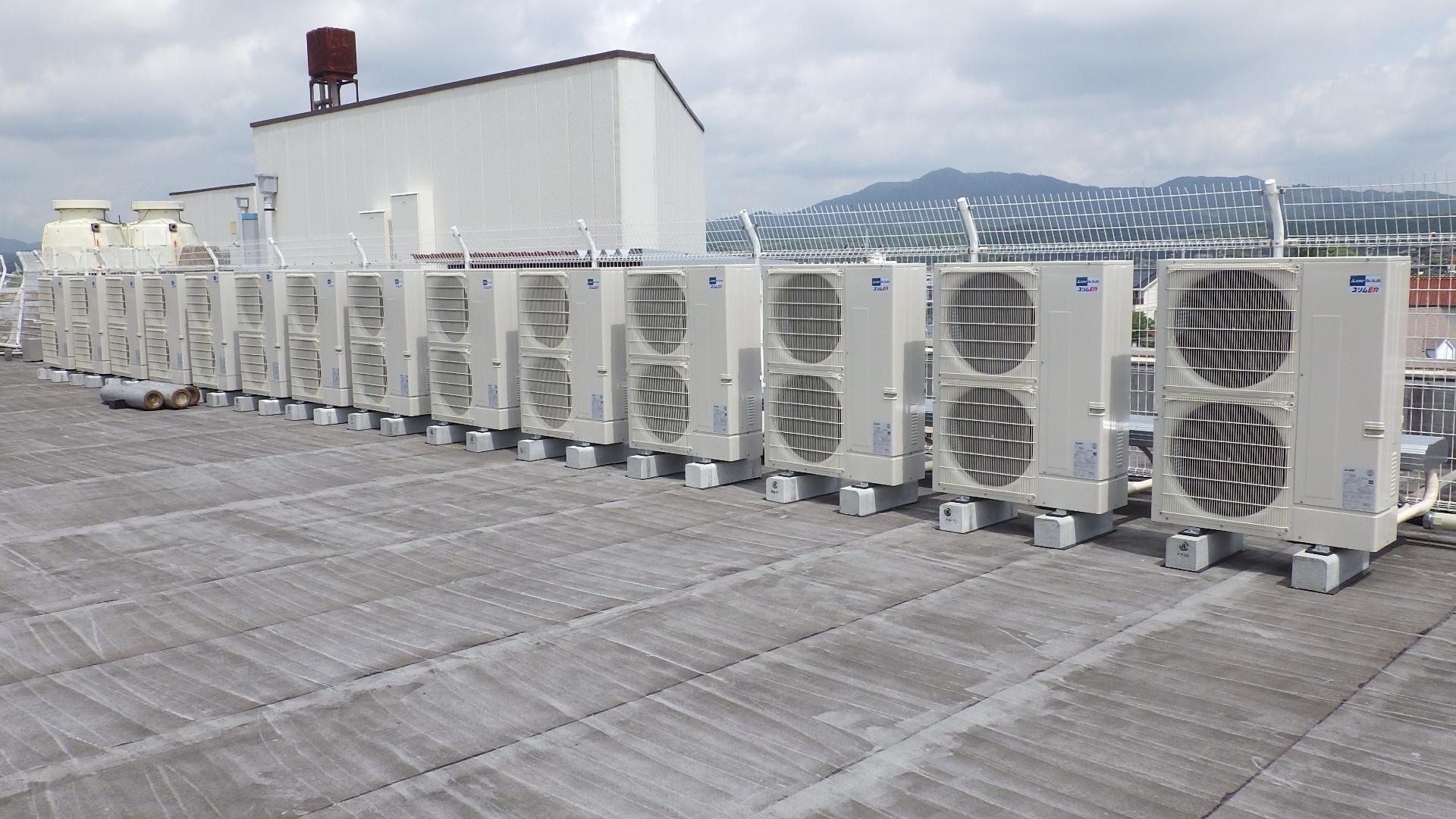 写真:店舗空調換気設備